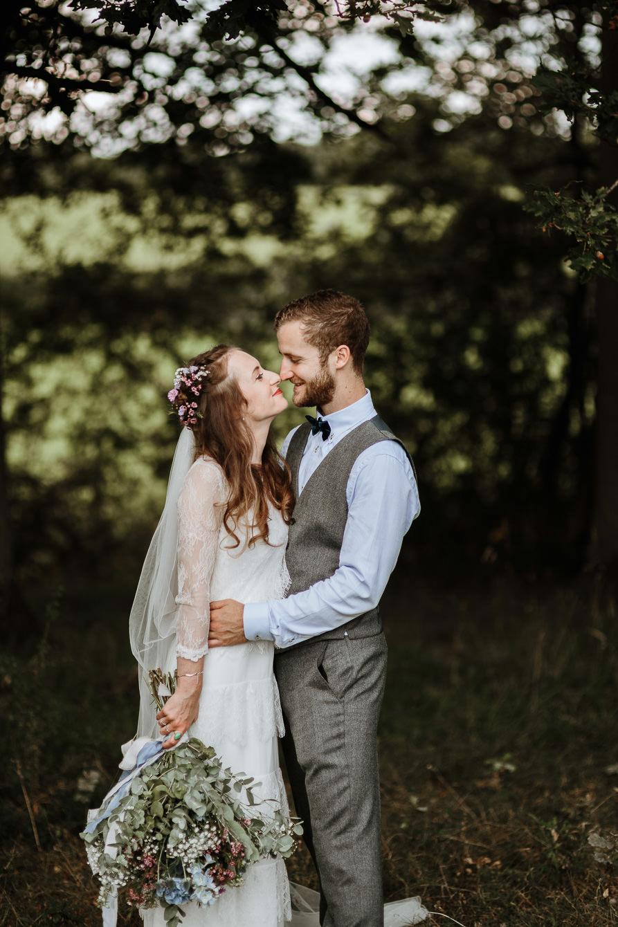 wedding portraits for forest wedding