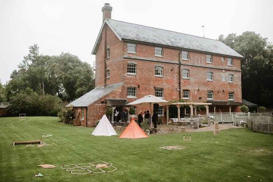 Sopley Mill Barn wedding Venues
