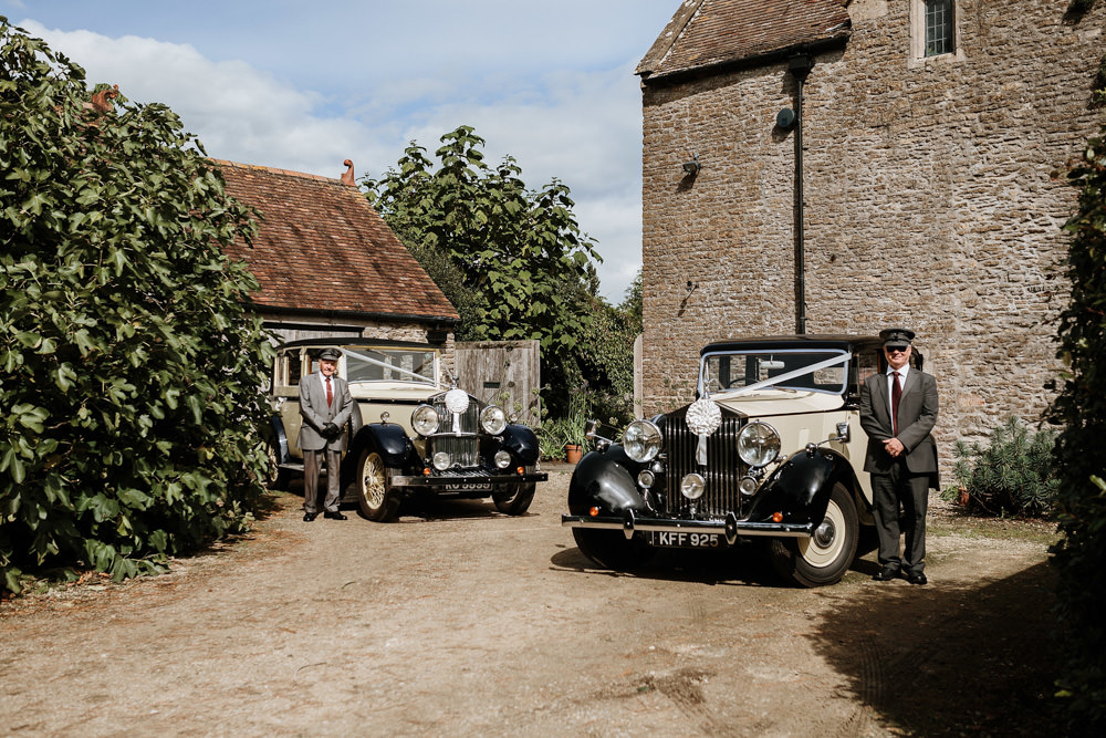 vintage car for bride and groom