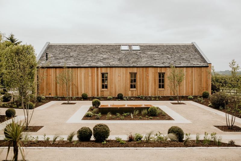 outdoor and garden area of The Grange at Hyde House Barn