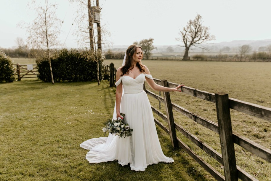 bridal portrait for her hyde house wedding