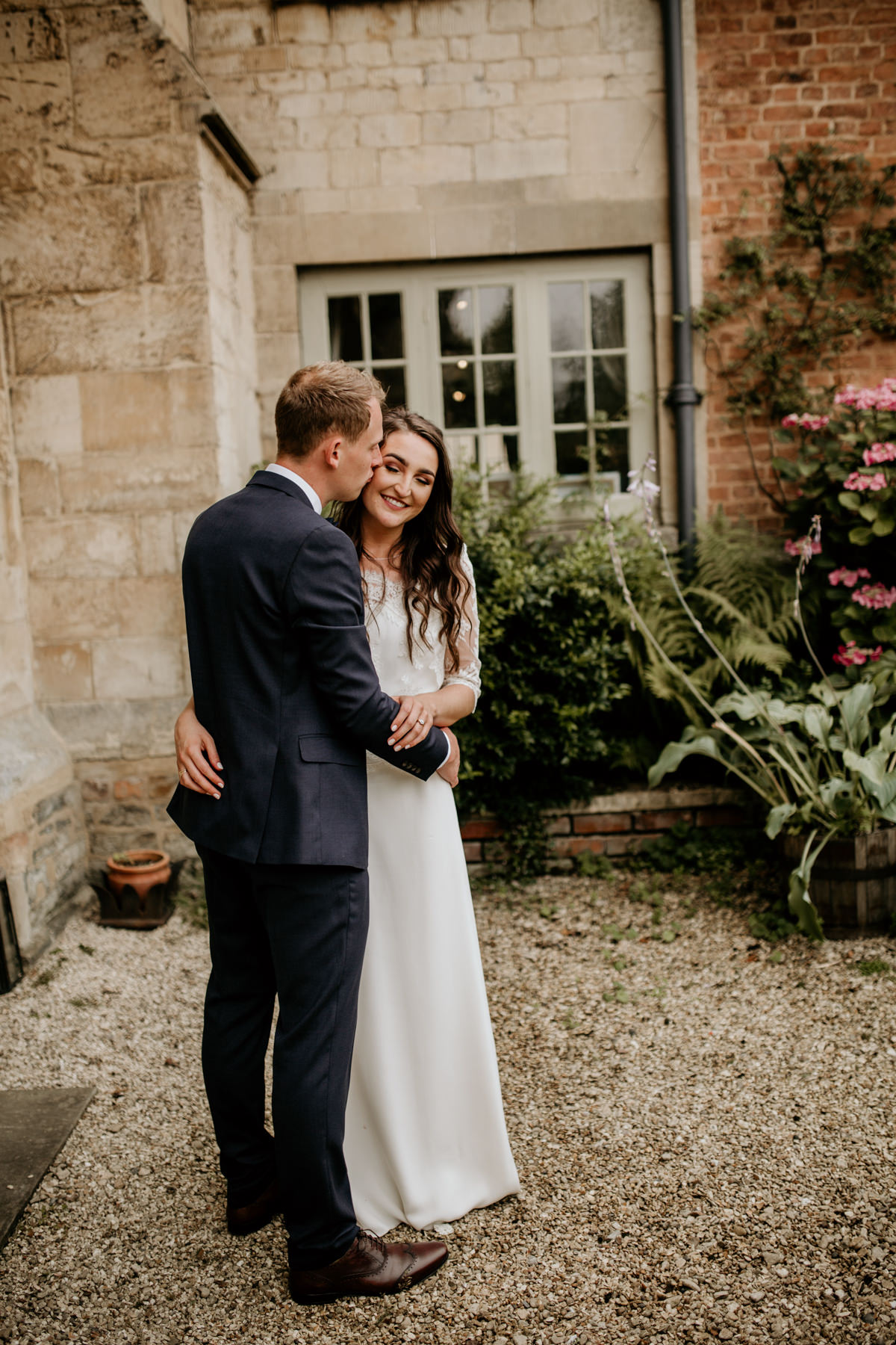 Priors Court Barn wedding photographer Gloucestershire