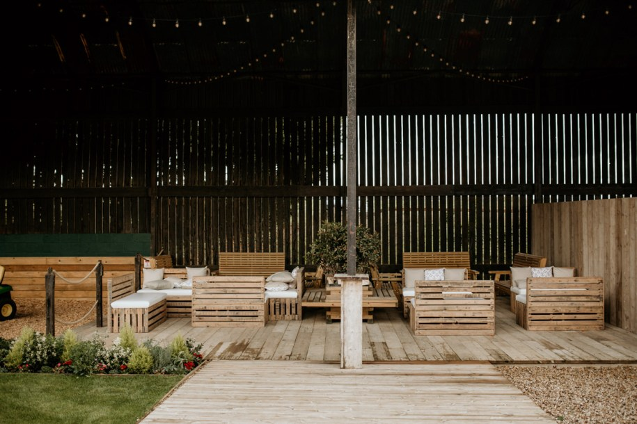 outdoor area at mickleton hills farm in the cotswolds