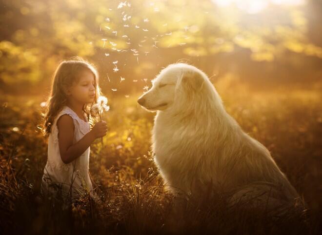 Niños y sus animales en Rusia.
