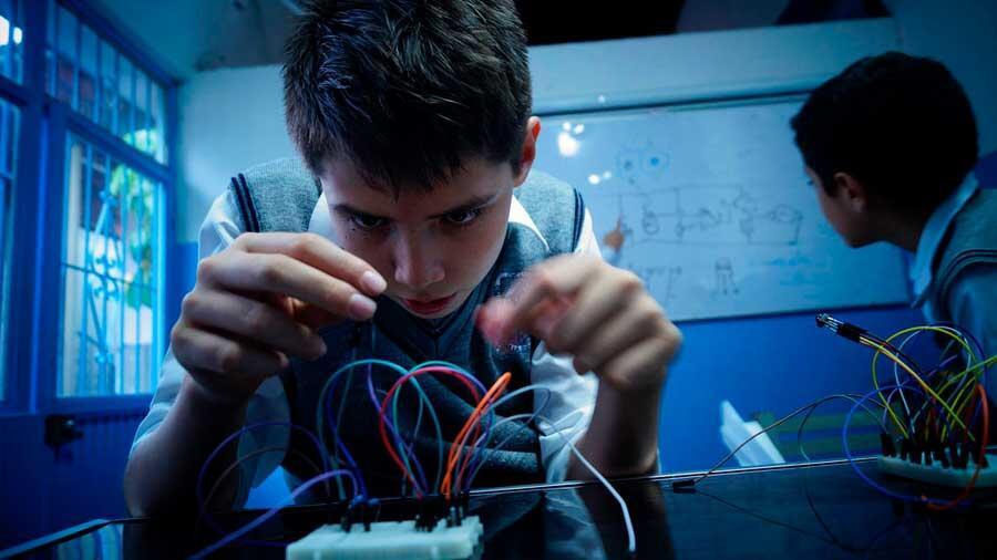 Ingenieros de Harvard crean un robot araña con músculos microfluídicos
