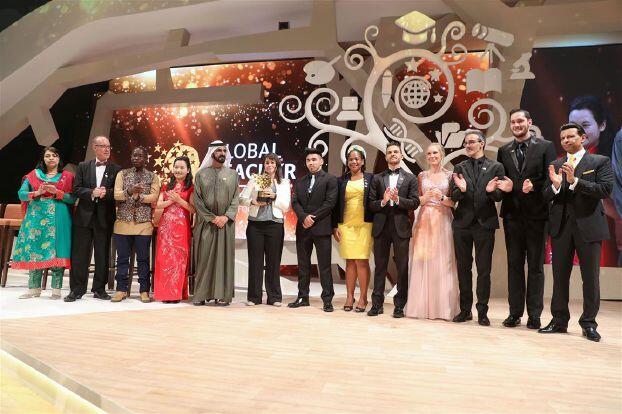 كندية تفوز بجائزة «أفضل معلم في العالم»