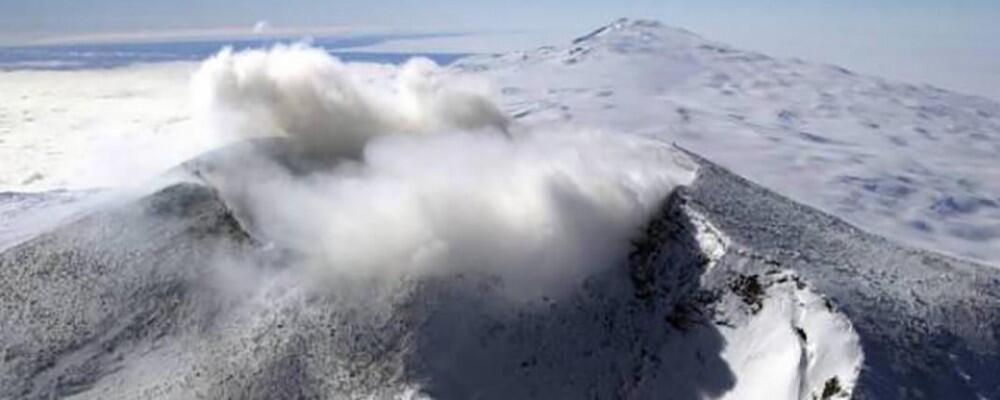 براكين تحت الجليد  تهدد العالم