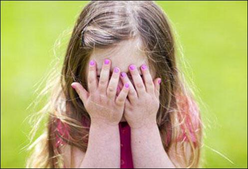 كيف أتعامل مع طفلي أو طفلتي إذا وجدتهم يلمسون أعضائهم التناسلية؟