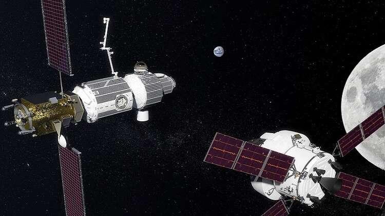 موسكو تنقل رواد المستقبل إلى المحطة القمرية