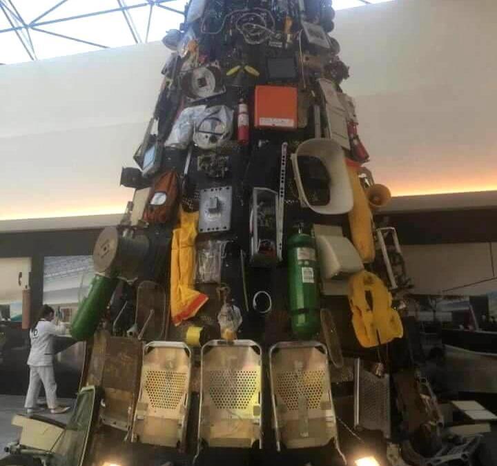 شجرة الميلاد في مطار بيروت رسالة بيئية… ولكن!
