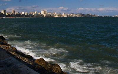 منسوب مياه البحار يرتفع  حتى مع تنفيذ إتفاقية المناخ