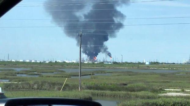 انفجار وحريق بمصفاة «فاليرو» في تكساس سيتي