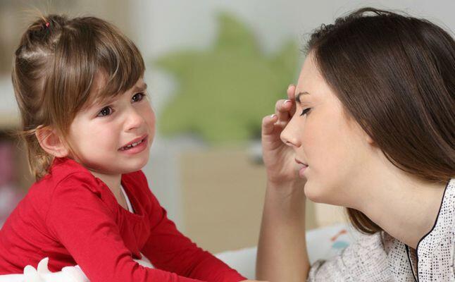 لماذا لا يفرّغ الطفل أسوأ تصرفاته سوى امام أمه؟