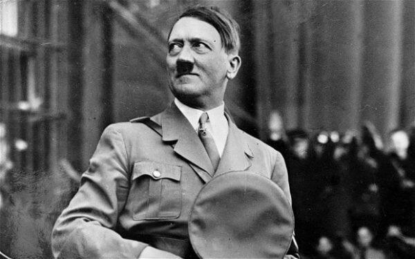 أدلة جديدة لا تحمل الشك.. هكذا انتهت حياة هتلر!