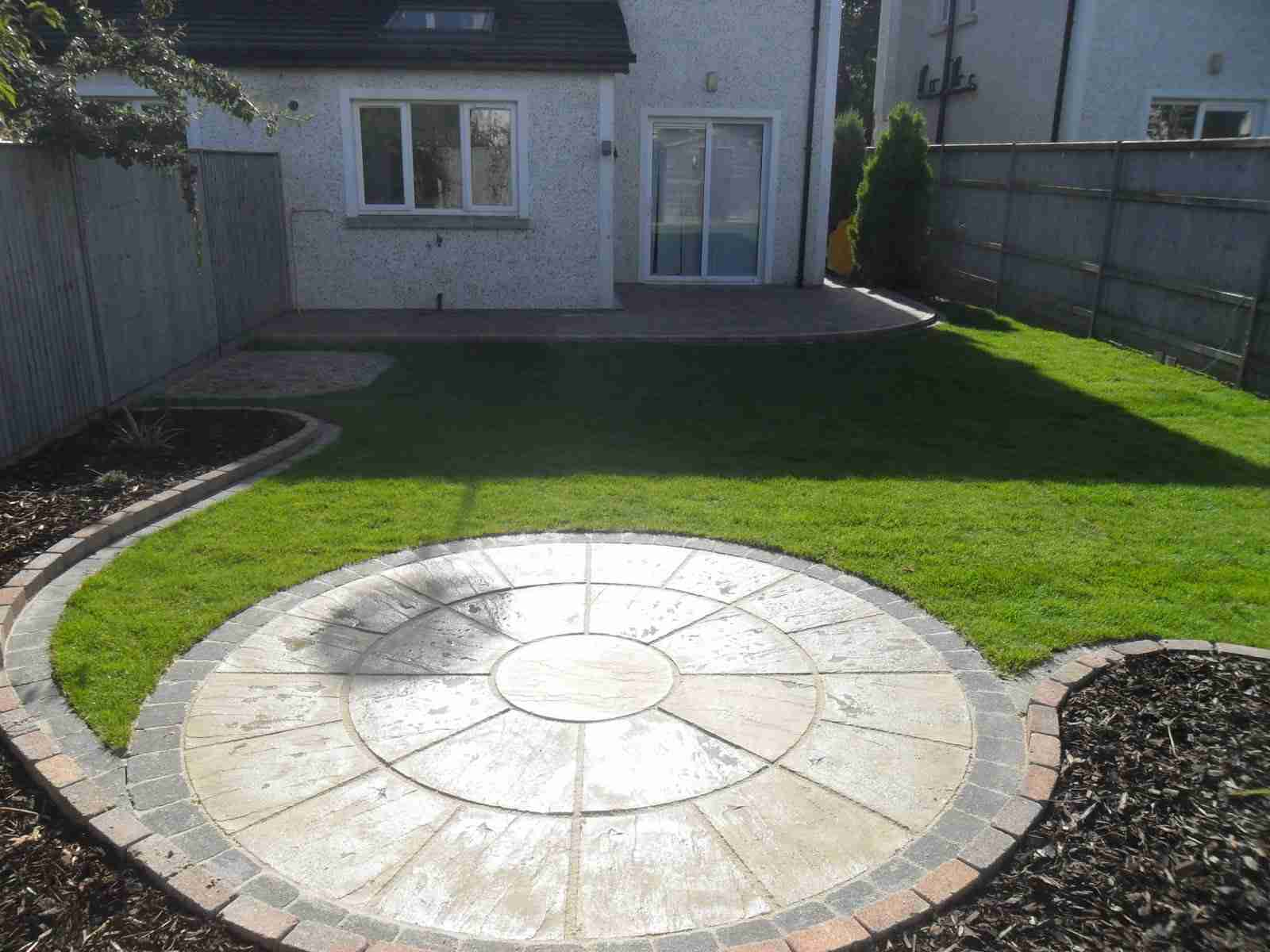 Circular Patio,Raised Patio Garden Design, Roschoill ... on Raised Patio Designs  id=82417