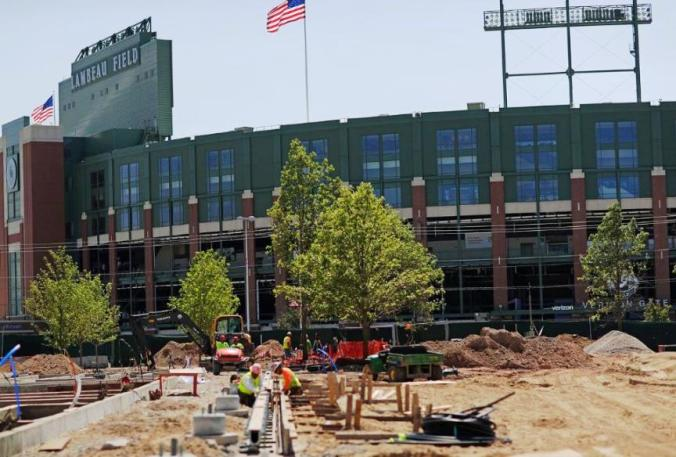 temp170627-titletown-construction-03--nfl_mezz_1280_1024
