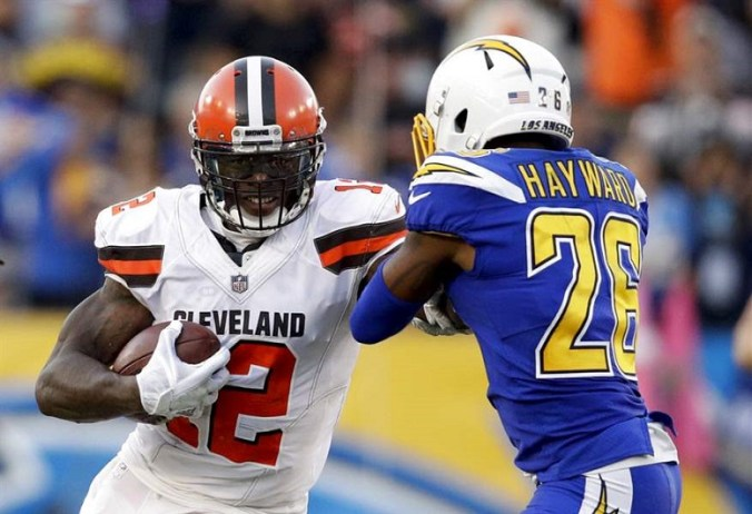 Browns-Chargers-Football