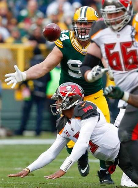 Buccaneers_Packers_Football_43629