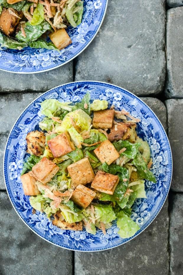Ingen er sulten etter middag med denne salaten i magen.