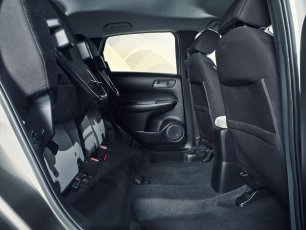 193838_Honda_Jazz_Interior_Magic_Seats