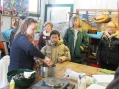 Erin demonstrates how to make maple cream, and describes how she works it into her program with our students.