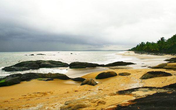 Rock studded beach in Kappakkadavu, Kerala