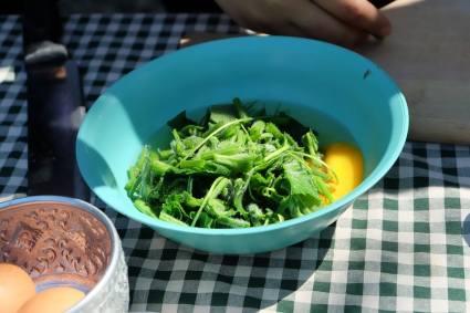 นำผลผลิตจากสวนมาปรุงอาหาร