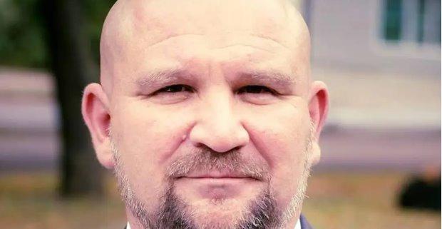 В Черкассах от COVID-19 умер хирург, который только похоронил брата-врача
