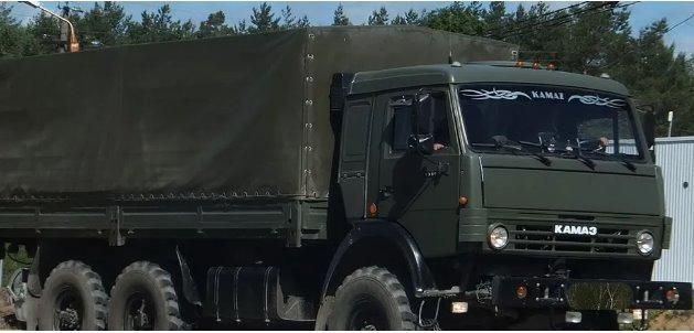 Россия перебросила на Донбасс 30 грузовиков с оружием – разведка