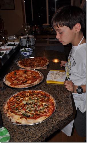Pizza night 038