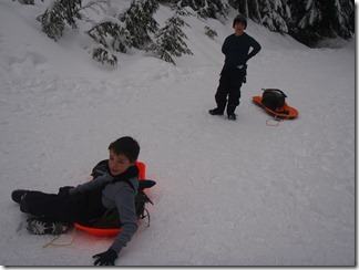 Snow shoeing and sledding - Kendall Peak 001