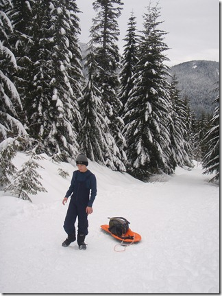 Snow shoeing and sledding - Kendall Peak 003