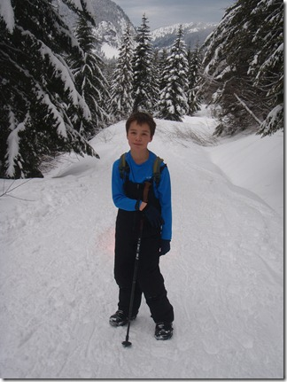 Snow shoeing and sledding - Kendall Peak 008