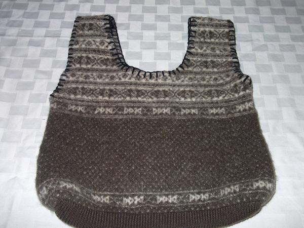 Trendy woolen bag