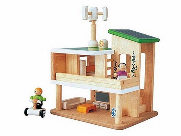 Eco-Conscious Doll House
