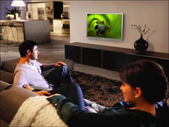 econova tv with solar powered remote 2