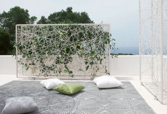 green wall horizontal2