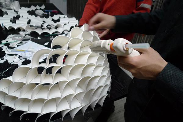 Honeycomb wall lamp 3
