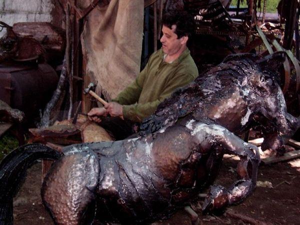 Israeli Scrapiness to his Scrap Metal Sculptures