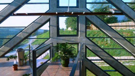 large sustainable tree house 14