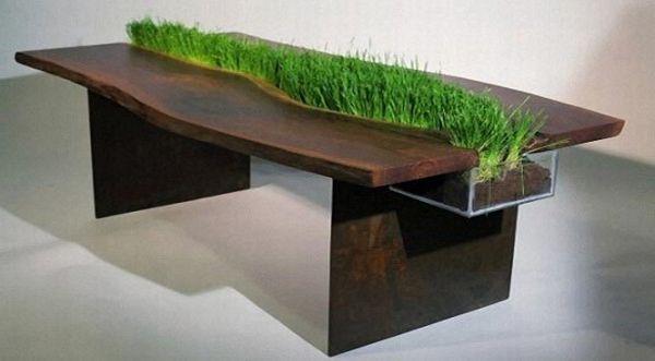 Natural table