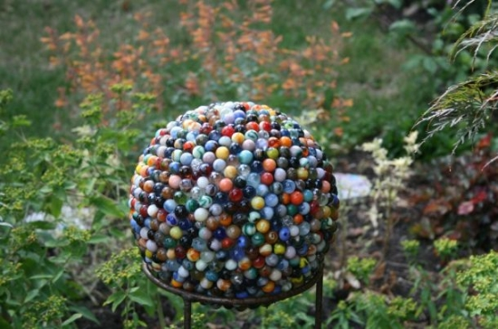 reclaimed marble garden ball4