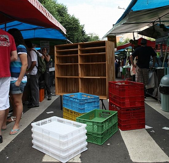 recycled shipping plastic crate furniture 2