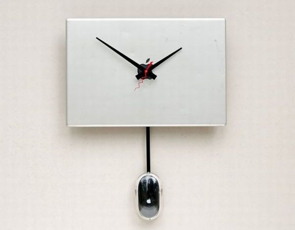 Recycled Apple Powerbook Cover clock