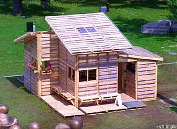 Recycled Pallet House
