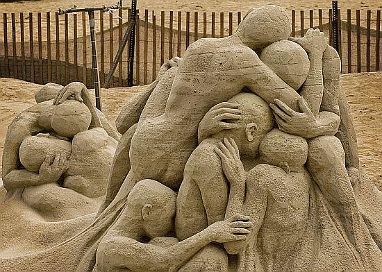 sand sculpture 11