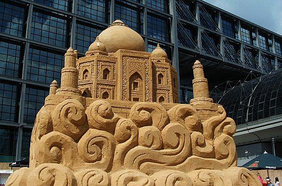 sand sculpture 12
