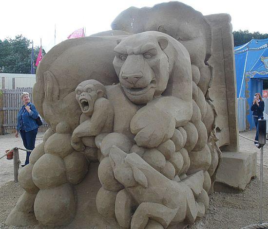 sand sculpture 27