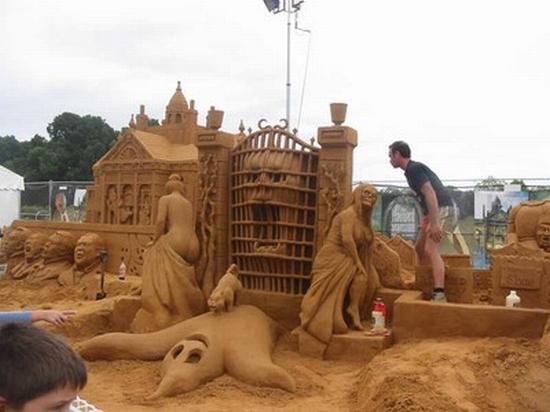 sand sculpture 41