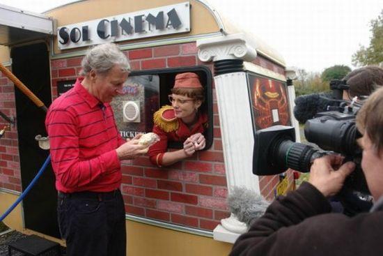 sol cinema solar powered movie house 7